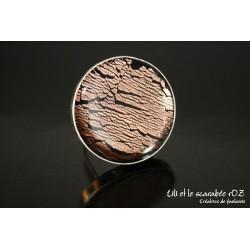 Bague ronde en polymère et feuille de cuivre