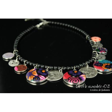 Collier fantaisie à breloques colorées - collection tzigane