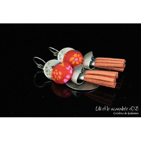 Boucles d'oreille fantaisie originales à pompons