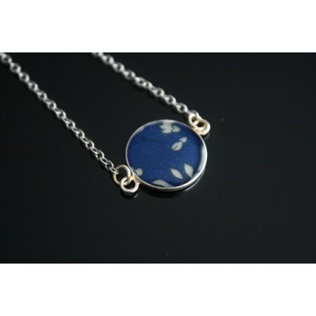 Collier médaillon en Liberty Capel Bleu